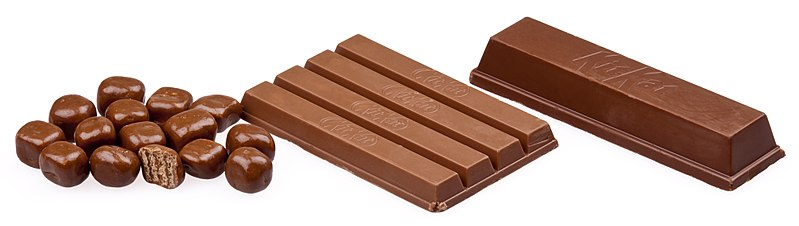 Kit Kat Size variations - Public Domain image released by Wikipedia user Evan-Amos