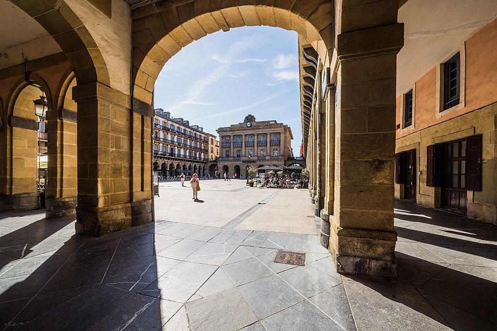 Konstituzio plaza 03
