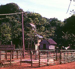 Khmer Loeu - Image: Kreung cabins of unmarried