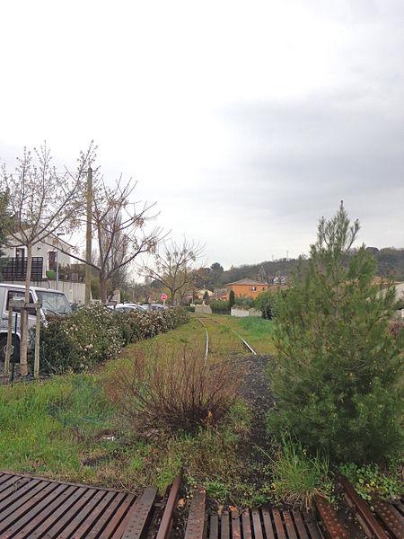 Lézignan-la-Cèbe (Hérault) - ancienne voie de chemin de fer.