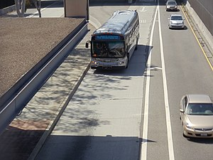 Los Angeles Metro Busway - Image: LAC & USC Med. Center Metro Silver Line Station 6