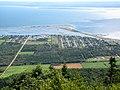 La ville de Carleton, la Baie des Chaleurs et le Nouveau-Brunswick, vus à partir du sommet du Mont Saint-Joseph à Carleton-sur-Mer - panoramio.jpg