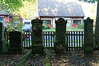 Leer - Logaer Weg - Philippsburger Park - Jüdischer Friedhof 07 ies.jpg