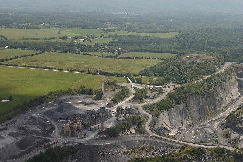 Limestone Mines at Cedar Creek.jpg
