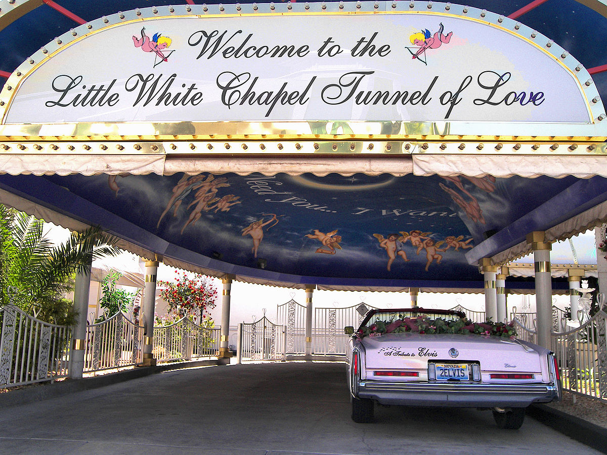 A Little White Wedding Chapel vegas wedding chapels