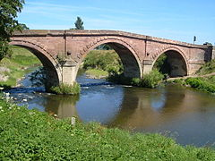Llandrinio Bridge - geograph.org.uk - 205218.jpg