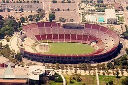Los Angeles Memorial Coliseum (2010).jpg