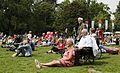 Luisteren naar mooie muziek tijdens het Nationaal Concert 2011 (5832163562).jpg