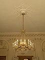 Lustre antichambre Palais Bourbon.jpg