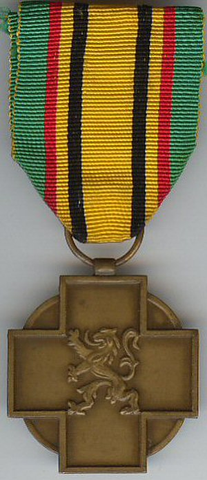1940–1945 Military Combatant's Medal - 1940–1945 Military Combatant's Medal (obverse)