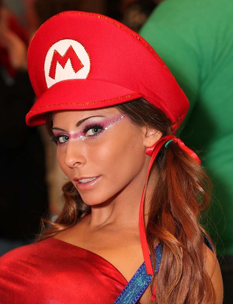 Madison Ivy - 2013 AVN Expo Photos Las Vegas (8416900288).jpg