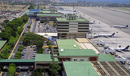 Lapangan Terbang Antarabangsa Simon Bolivar