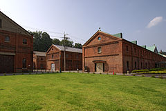 Maizuru red brick warehouses08s3200.jpg