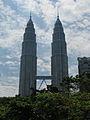 Malaysia - 034 - KL - Petronas Towers (3509752087).jpg