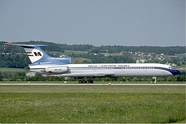 Malev Tupolev Tu-154B-2 at Zurich Airport in May 1985.jpg