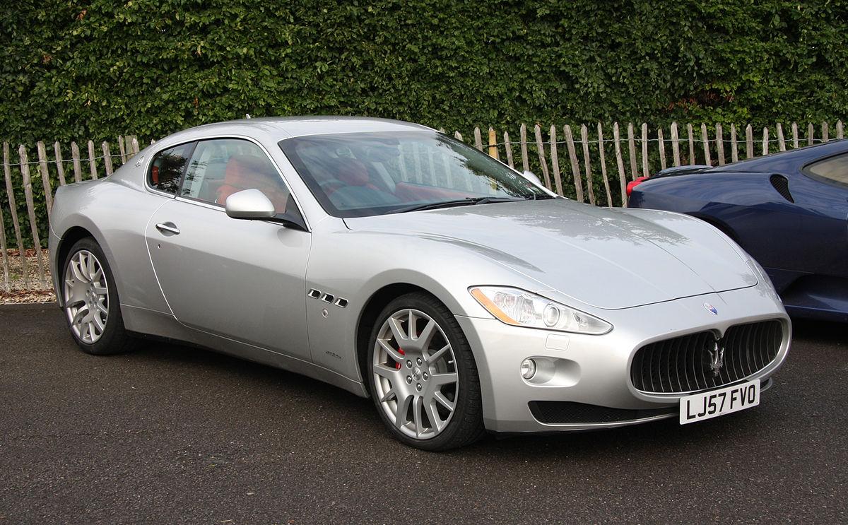 1200px-Maserati_GranTurismo_-_Flickr_-_e