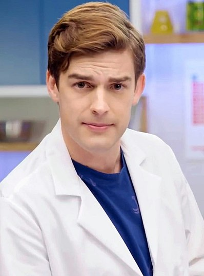 File:MatPat 2020 (I68lZ9jptWU).jpg Description  English: Matthew Patrick (MatPat) on episode 1 of NickRewind's Fact or Nicktion (Could Drake and Josh ACTUALLY Impersonate a Doctor?) Date 1 May 2020, 16:02:59 Source https://www.youtube.com/watch?v=I68lZ9jptWU Author NickRewind