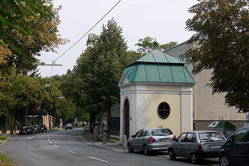 File:Mauer Nepomuk Kapelle.JPG