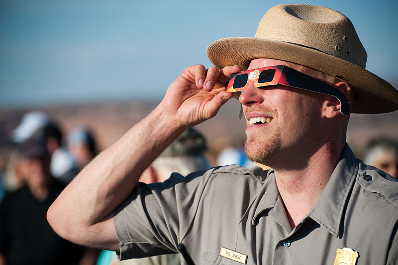 File:May 20, 2012 Eclipse Viewing at Arches (7337711910).jpg