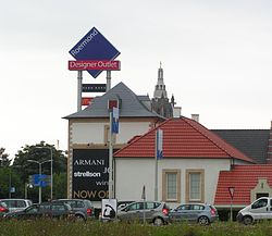 Designer outlet roermond wikipedia for Design outlet
