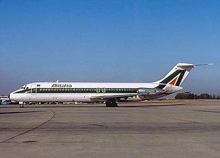 Alitalia Flight 404 1990 aviation accident