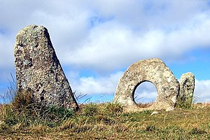 Rock-cut basin - Men-an-tol and the 'holed stone' which may have been a rock-cut basin