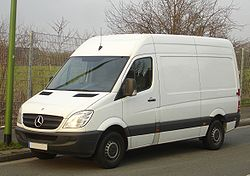 Mercedes Benz Sprinter >> Mercedes Benz Sprinter Wikipedia