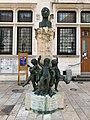 Monument à Brillat-Savarin, Grande-rue (Belley).jpg