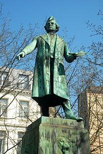 Monument Charles Rogier - 02.JPG