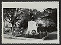 Monument aux morts à Saint-Donat-sur-l'Herbasse (33873497134).jpg