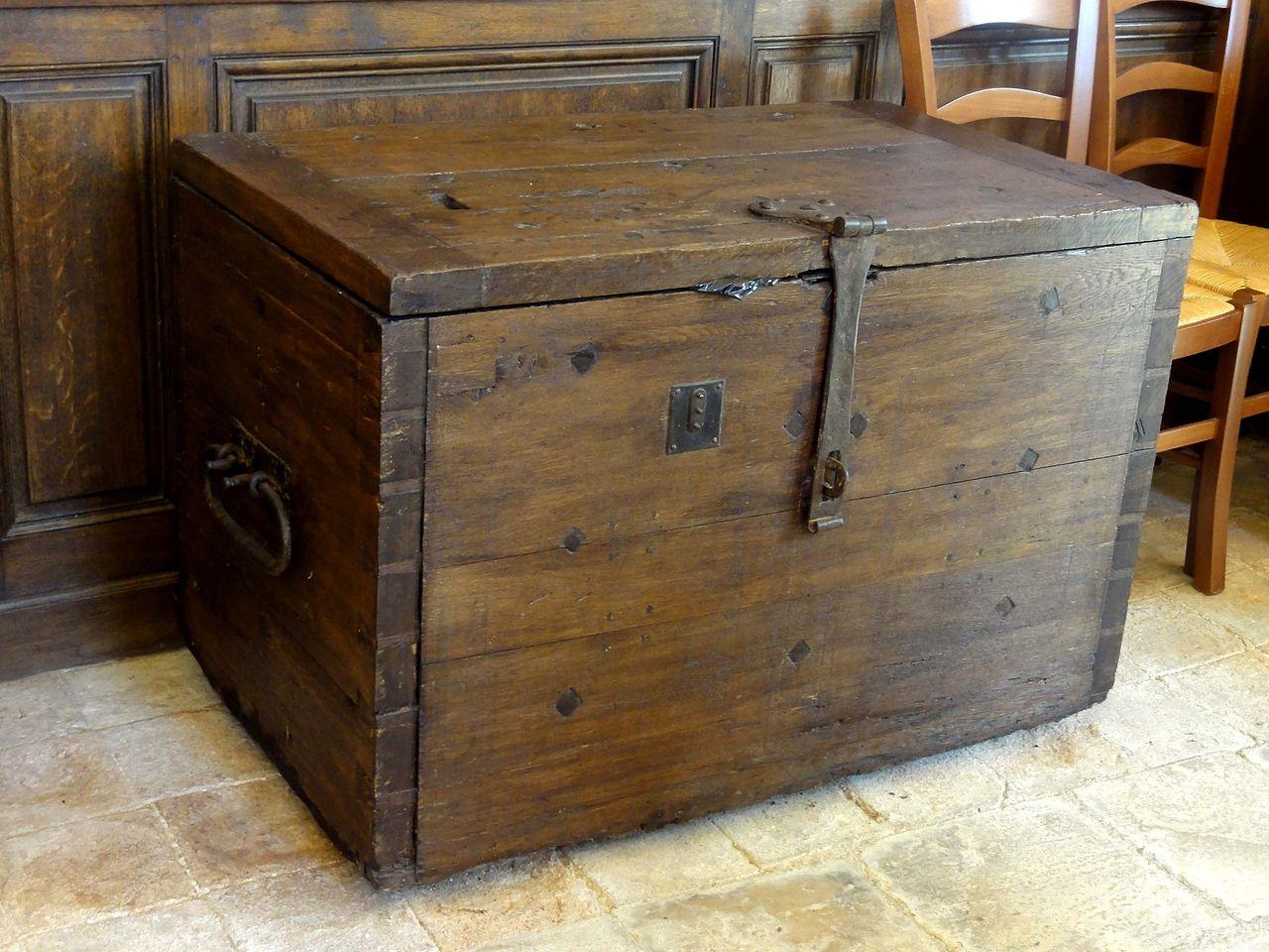 fichier moussy le neuf 77 glise saint vincent coffre de la fabrique jpg wikip dia. Black Bedroom Furniture Sets. Home Design Ideas