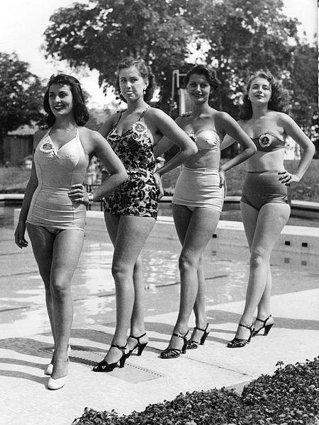 450px-Naples%2C_Miss_Italia_1950_-_Sophi