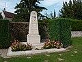 Neufmoutiers-en-Brie - Monument aux morts (1).jpg