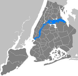 New York City - Manhattan - East River.PNG