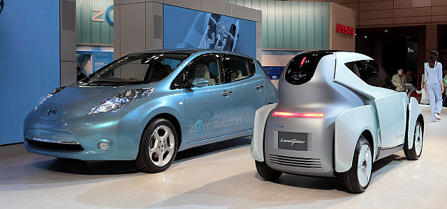 Nissan Leaf and Glider