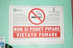 Sign with graphic of crossed-out cigarette
