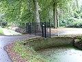 Noordwijk - Toegangshek met brug - Nachtegaalslaan bij 29.JPG
