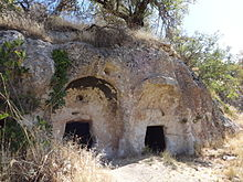 Onar rock tombs 04.JPG