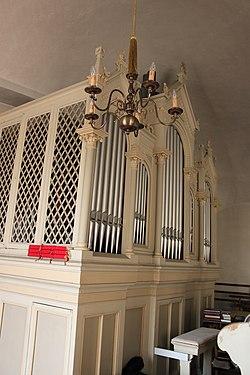 Orgel Markt St. Martin nah 2.jpg