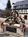 Osterbrunnen Pferdebrunnen Zwönitz 2018 (4).JPG