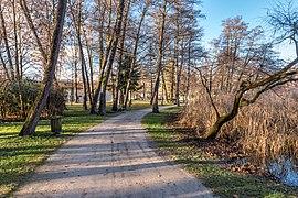 Pörtschach Halbinselpromenade Park im Landschaftsschutzgebiet 08122018 5593.jpg
