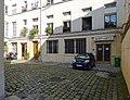 P1280549 Paris IX rue Fbg-Poissonniere N32 cour rwk.jpg