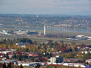 Portland International Airport - The airport as seen from Rocky Butte