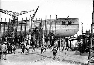 French battleship Paris - Image: Paris in Toulon Agence Rol 07