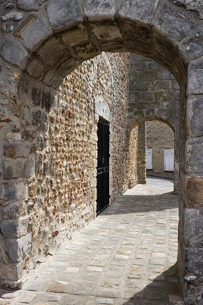 File:Perthes-en-Gatinais Eglise IMG 1871.jpg