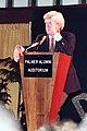 Phil Donahue 1981 (4370575811).jpg
