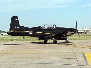 Pilatus.pc-7.fairford2006.arp.jpg
