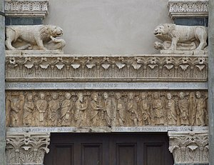 San Bartolomeo in Pantano - The sculpted architrave of the portal.