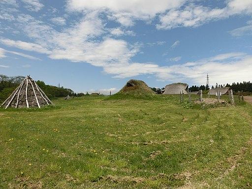 Pit houses (Sannai Maruyama Site)