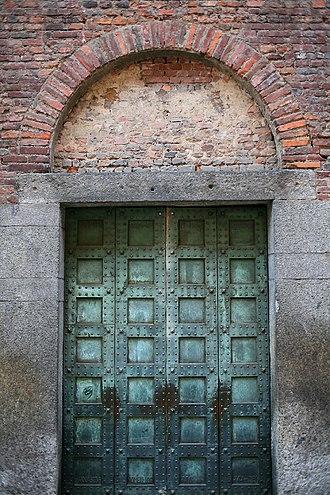 San Vincenzo in Prato - Image: Porta San Vincenzo in Prato, Milano